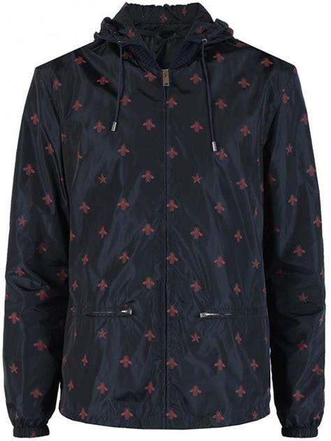 Jaket Print Black gucci wasp print windbreaker jacket in black for lyst