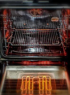 Backofen Sauber Bekommen by Backofen Hygienisch Reinigen So Wird Ihr Ofen Wieder
