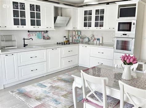 ev dekorasyonu salon mutfak ve banyo fikirleri evgezmesi