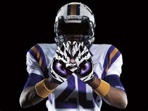 Lsu by Lsu To Get The Nike Pro Combat Treatment Pictures