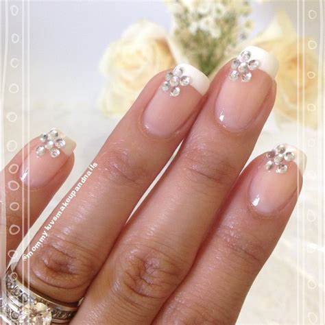 wedding manicure 8 wedding manicures that are prettier than most bridesmaid