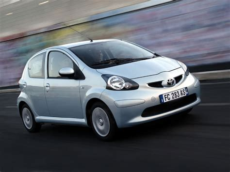 Toyota East Kia Picanto Vs Toyota Aygo Comparing The City Cars Of The