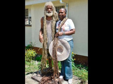 jamaican hairstyles in st thomas jamaica rastafarian shows off 10 foot dreadlocks lead stories