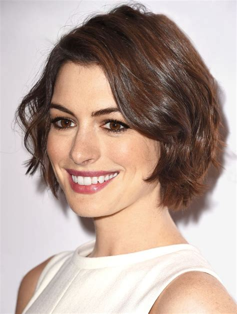how to pull off a bob hairstyle how to pull off the 3 hottest spring haircuts modern bob