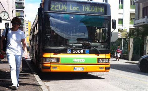 trasporto pubblico pavia trasporti pubblici a rischio in brianza radio lombardia