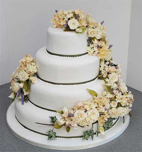 Wedding Cake Courses by Creative Cakecraft 187 Courses