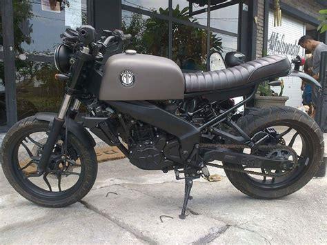 indonesia this modified bajaj pulsar 200 ns scrambler induces serious bajaj pulsar 200ns fuel tank modified into scrambler