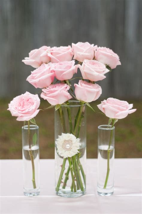 simple pink rose centerpiece its time to party pinterest