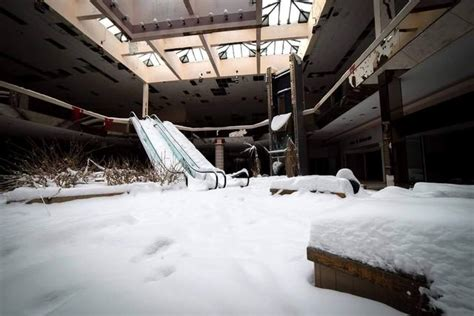 rolling acres mall snow gallery photos snow overtakes abandoned rolling acres mall news