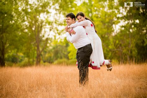 Wedding Outdoor Photography by Shruthi And Sharath Pre Wedding Shoot
