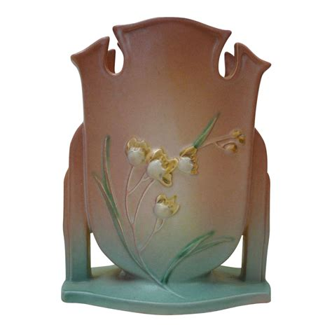 gorgeous roseville pottery ixia pattern vase c1930s from