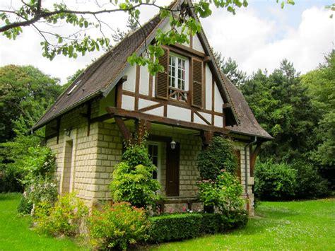 landhaus badezimmer 2610 kleines landhaus auf dem land in oise mieten 1249896