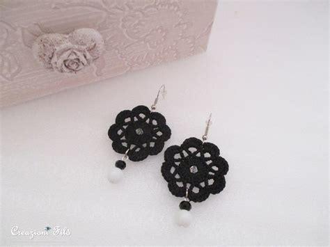 orecchini uncinetto fiore orecchini fiore all uncinetto con swarovski e perle