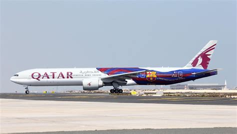 barcelona qatar qatar airways paints 777 for fc barcelona business insider