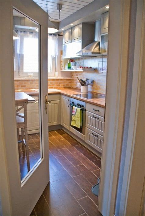 Closed Kitchen Design 25 Best Ideas About Closed Kitchen On Glass Pocket Doors Modern Closed Kitchens