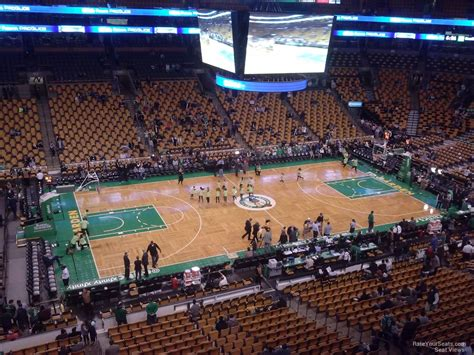 how many seats in the td garden td garden section 302 boston celtics rateyourseats