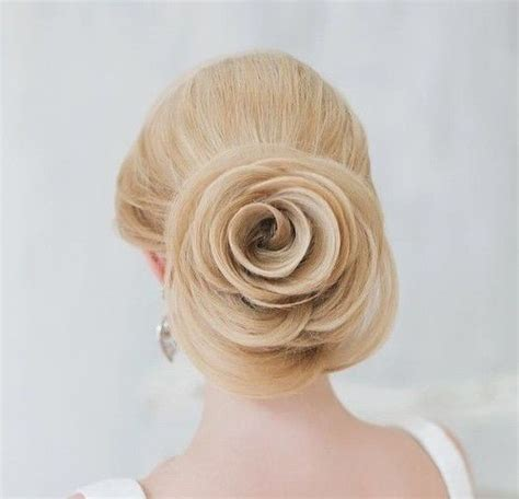 Wedding Hair Low Updo by 40 Chic Wedding Hair Updos For Brides
