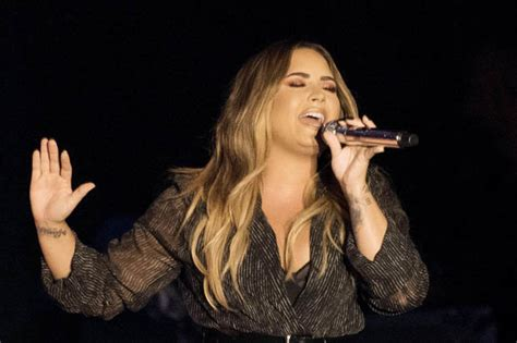 demi lovato sober lirik demi lovato fears for singer forgot sober lyrics daily star