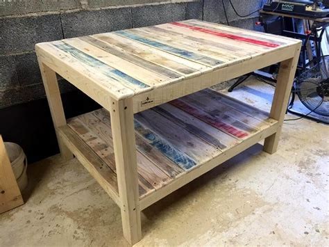 wilsons and pugs pallet coffee table coffee table out of pallets coffee tables made out of