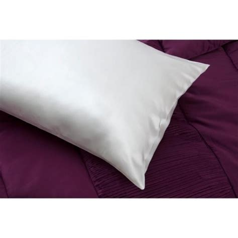 Silk Pillow by Silk Pillow Mibed