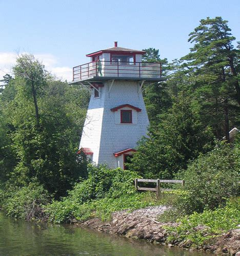 lost at sea 7 beautiful abandoned historical lighthouses