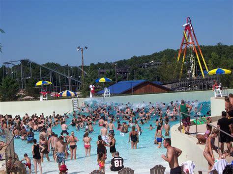 theme park wiki file poseidonsragesurfpoolmt olympuswater themepark jpg