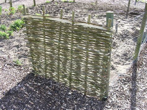 Small Trellis Panels How To Make Willow Fence Panels Panel Remodels
