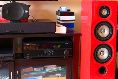 floorstanding speakers    master switch