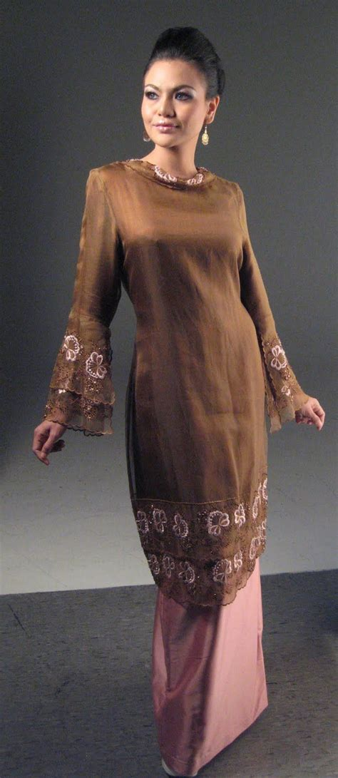 Miami 63 Set Kebaya By 94 best baju kurung images on baju melayu baju raya and bridal gowns