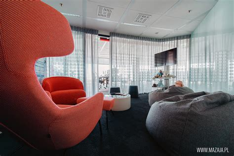 Jll Finder Jll S Largest Office In Europe News Officefinder Pl