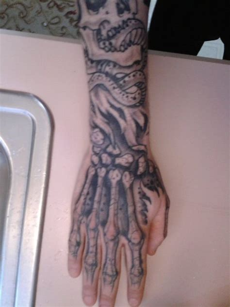tattoo hand skeleton skeleton hand done by myself tattoo picture at