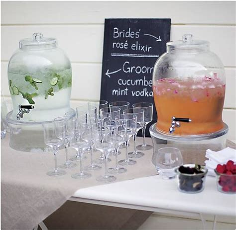 bride and groom signature cocktails wedding ideas