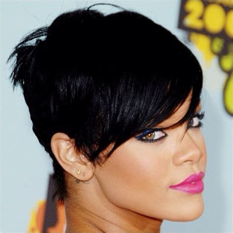 will rhianna pixie work with oblong faces face type high forehead rihanna had a great pixie cut