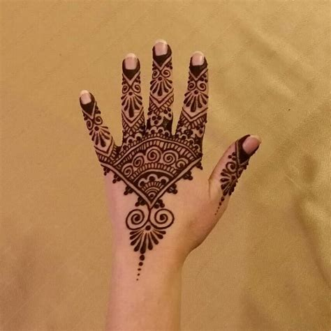 henna tattoo hand haltbarkeit 1336 best images about on mehndi