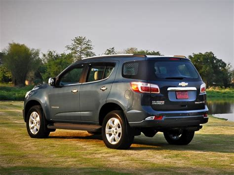 chevrolet crossover comparison chevrolet traverse suv 2015 vs chevrolet