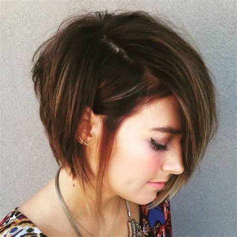 asymmetrical haircuts for 50 17 best ideas about asymmetrical bob haircuts on pinterest