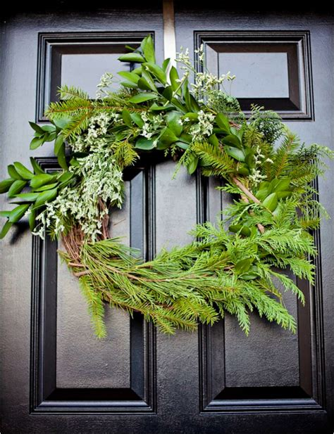 top  holiday wreaths  decorate  front door