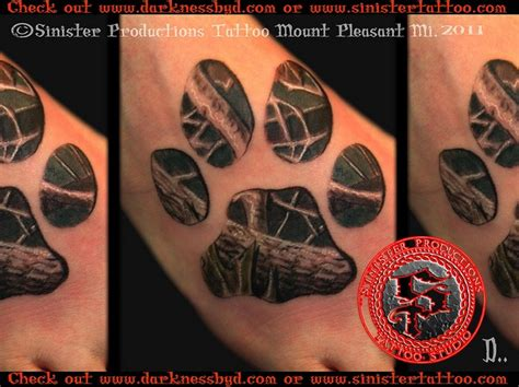 tattoo camo in india 25 best ideas about wolf print tattoo on pinterest wolf