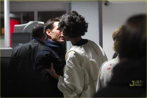 Tom Cruise Cuddling by Tom S Photo 1668511 Tom