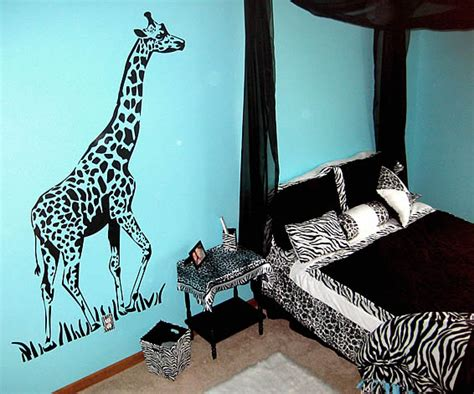 giraffe bedroom jungle bedroom with giraffe zebra stickers decor by