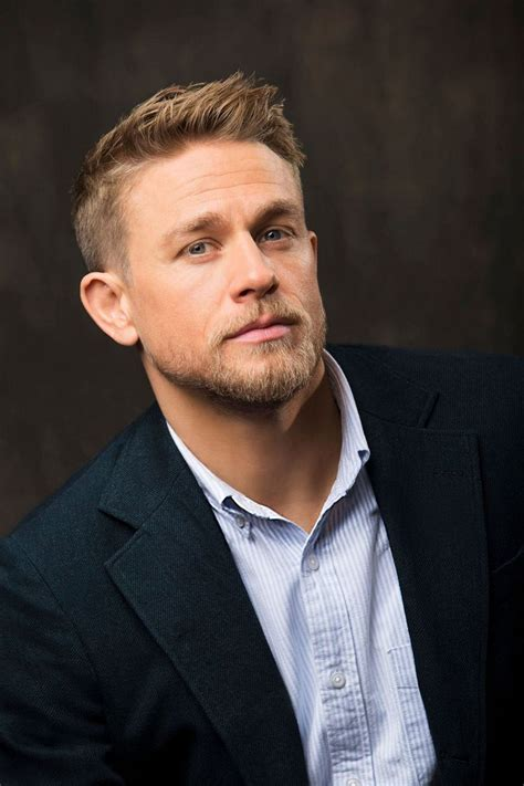 how to get thecharlie hunnam haircut 10794 best images about charlie hunnam on pinterest