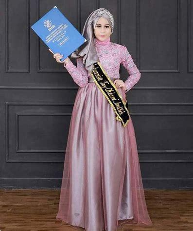Gamis Syari Untuk Wisuda 20 tren model kebaya kekinian khusus bagi wanita berhijab
