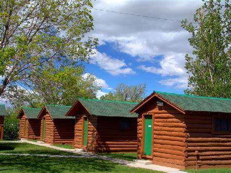buffalo bill cabin wyoming inn reviews