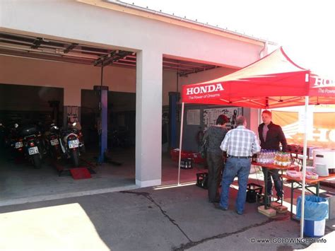 Settele Motorrad Neu Ulm by 110402 Honda Settele