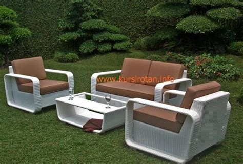 Kursi Sofa Rotan model sofa rotan minimalis modern kursi rotan