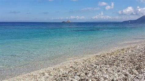 spiaggia le ghiaie elba le ghiaie picture of spiaggia delle ghiaie portoferraio