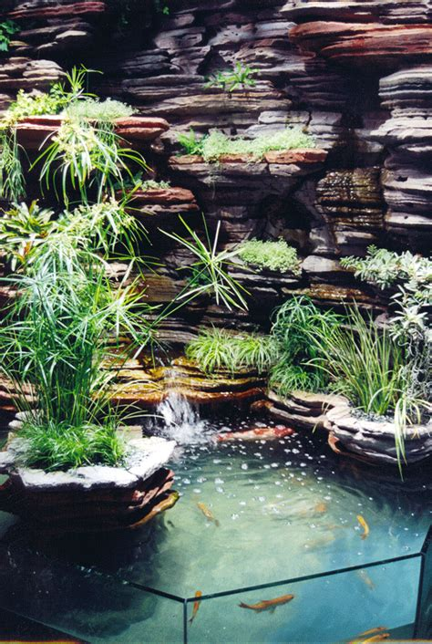With An E Indoor Garden Indoor Vertical Garden Gardens Flowers Shrubs Pinterest Gardens Pond And Aquariums