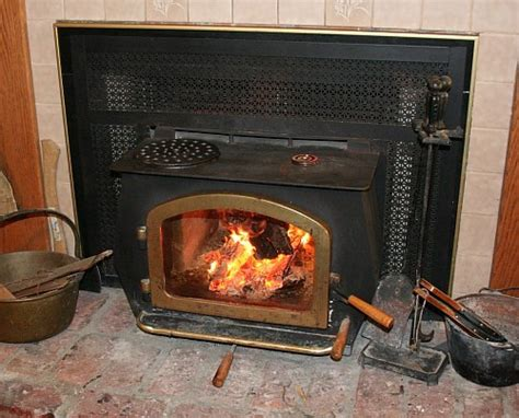 Starting A Wood Burning Fireplace by Starting A Wood Burning Stove Fireplaces