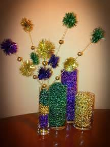 mardi gras ideas 1000 images about mardi gras decorations on deco mesh centerpieces and king cakes