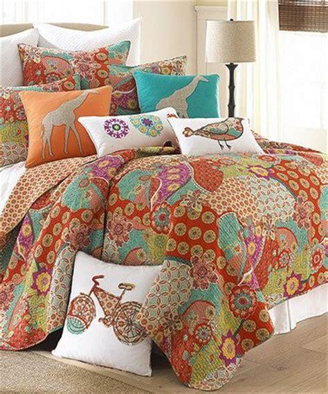 madagascar bedroom set 240 best images about bedding towels on pinterest